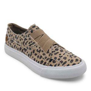 Blowfish Leopard slide on sneaker flats. NWT 7.5